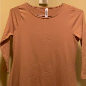 Women's dress with 3/4 sleeves